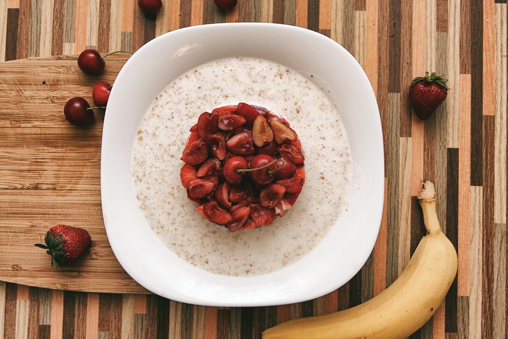 Легкий завтрак из фруктов